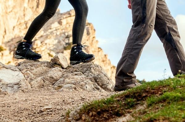「金剛山ハイキングきっぷ」の値段は約2割引き