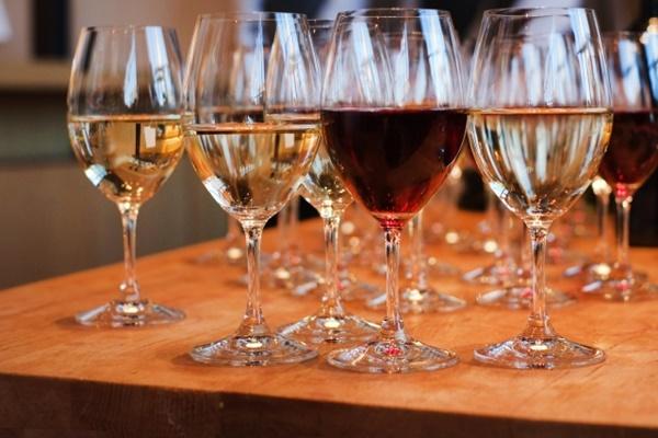 「ワインフェスティバル・六甲ライナーセット券」の値段、発売期間、購入方法