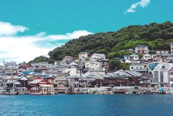 姫路駅~家島諸島へお得に行けるバス&定期船の割引切符「しま遊びきっぷ」の内容、値段、発売期間、購入方法